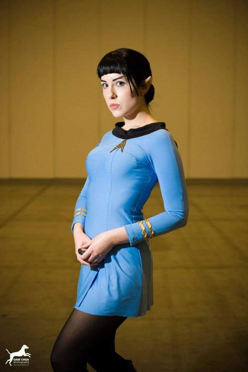 Geek Girls Star Trek Tribute