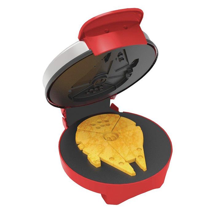 Star Wars Millennium Falcon Waffle Maker