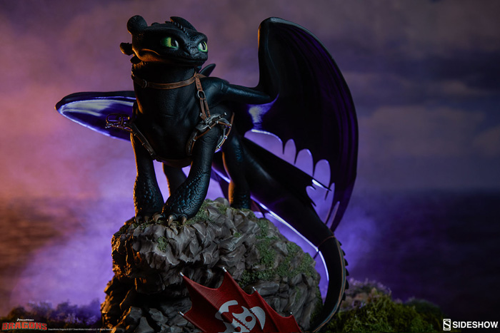 Toothless How to Train Your Dragon Statue
