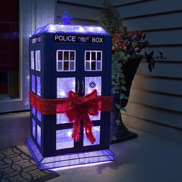 tardis r2 d2 lighted lawn ornament - R2d2 Christmas Lights
