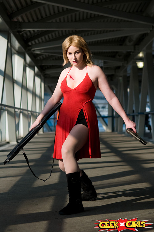 Alice from Resident Evil Cosplay