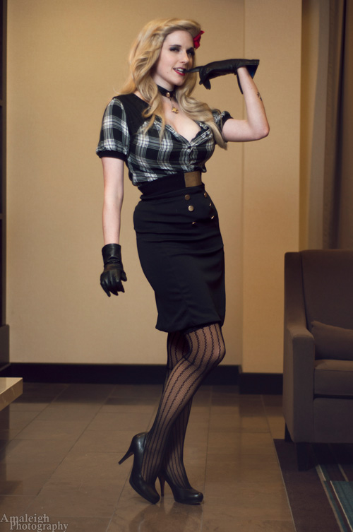 Bombshell Black Canary Cosplay