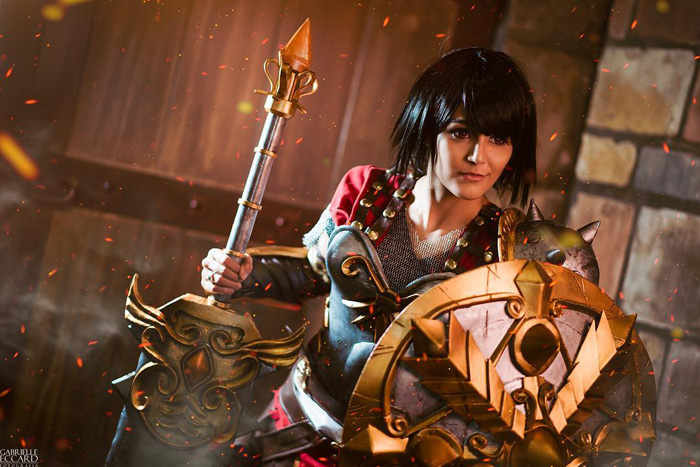 Bellona from SMITE Cosplay�