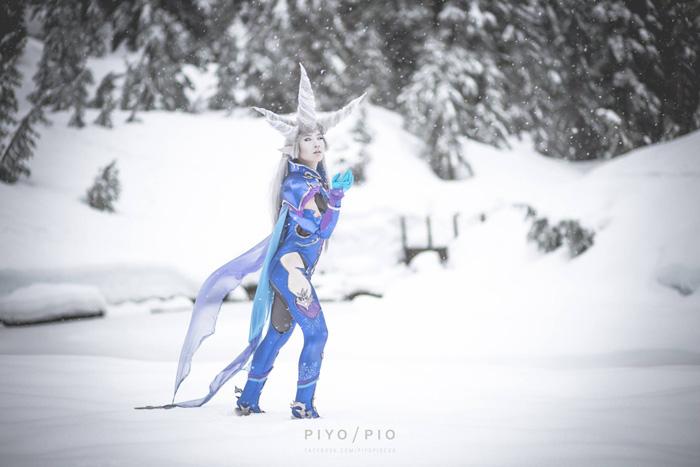 Primal Shiva from Final Fantasy XIV Cosplay