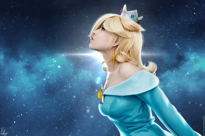Rosalina from Super Mario Galaxy Cosplay