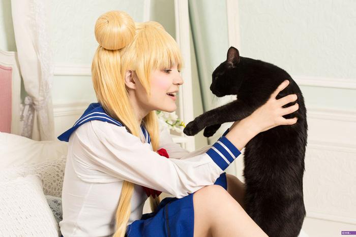 Sailor Moon & Luna Cosplay