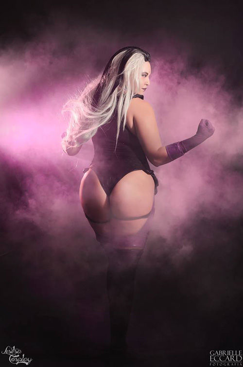 Sindel from Mortal Kombat: Deception Cosplay