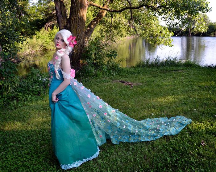 Spring Elsa Cosplay