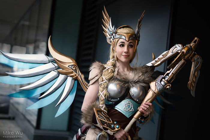 Valkyrie Mercy from�Overwatch Cosplay