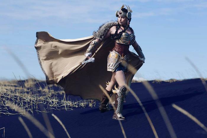 Valkyrie Wonder Woman Cosplay