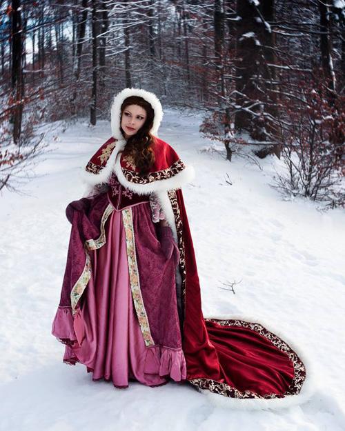 Winter Belle Cosplay