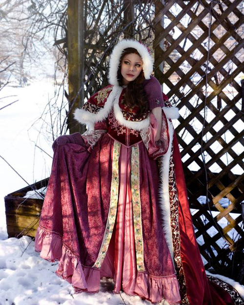 Winter Belle Cosplay