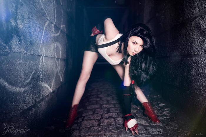 Tifa Lockhart from Final Fantasy VII Cosplay afa1447878