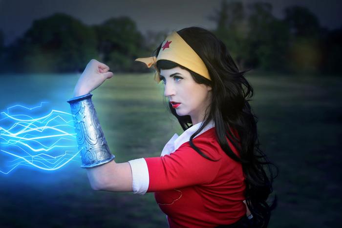 DC Bombshell Wonder Woman Cosplay