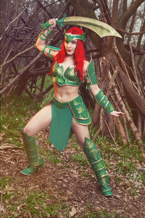 Armoured Poison Ivy Cosplay