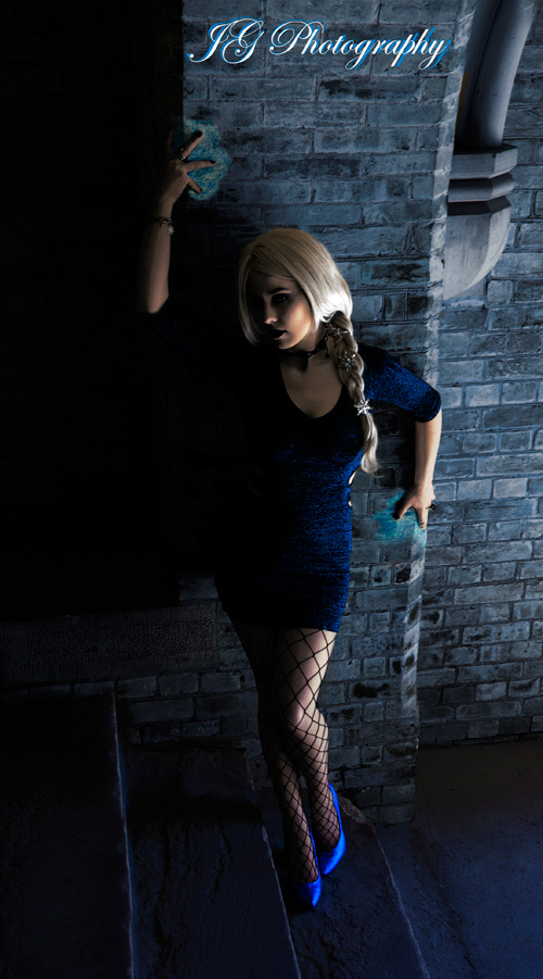 Goth Elsa from Frozen Cosplay
