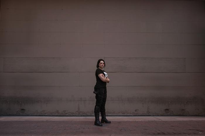 Genderbent Matt Murdock/Daredevil & Punisher Cosplay