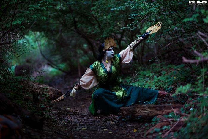 Avatar Kyoshi Cosplay