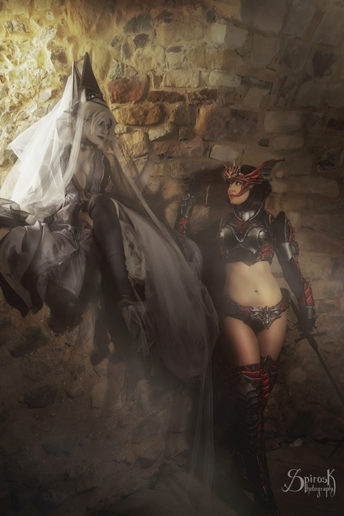 Dark Elf & Fighter from Lineage 2 Cosplay