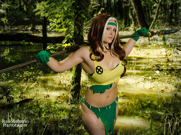 Savage Land Rogue & Jean Grey Cosplay