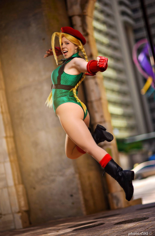 Cammy White from Street Fighter V Cosplay