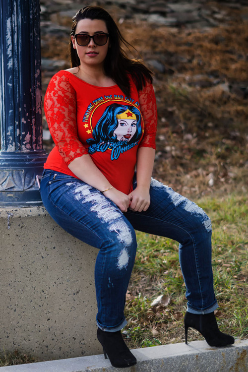 Wonder Woman T-Shirt Photoshoot