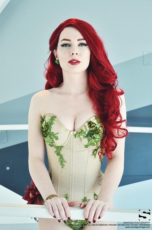 Glitterbomb Ivy Cosplay