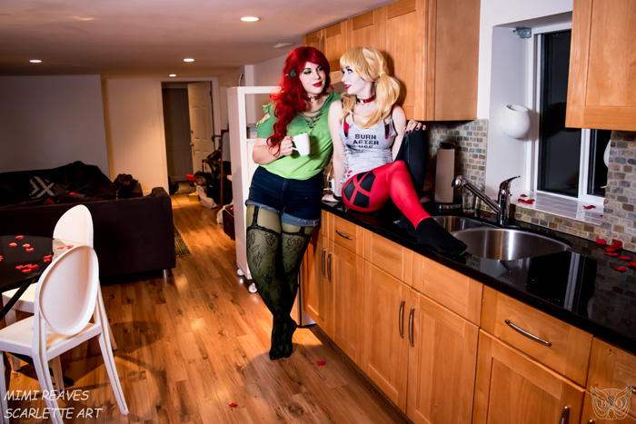 Harley Quinn & Poison Ivy Valentines Day Cosplay