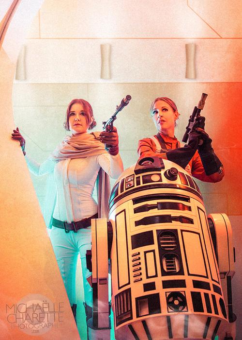 Princess Leia & Evaan Verlaine Cosplay