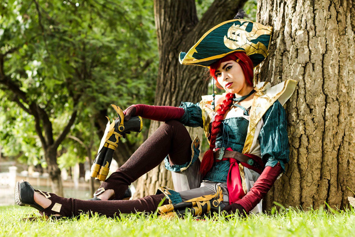 Capitain Miss Fortune from League of Legends Cosplay