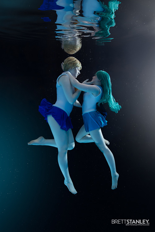 Sailor Uranus & Neptune Underwater Cosplay