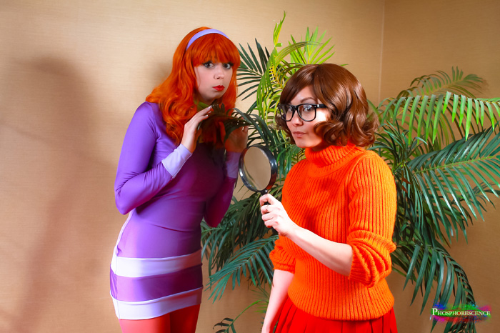 Velma scooby doo daphne hot