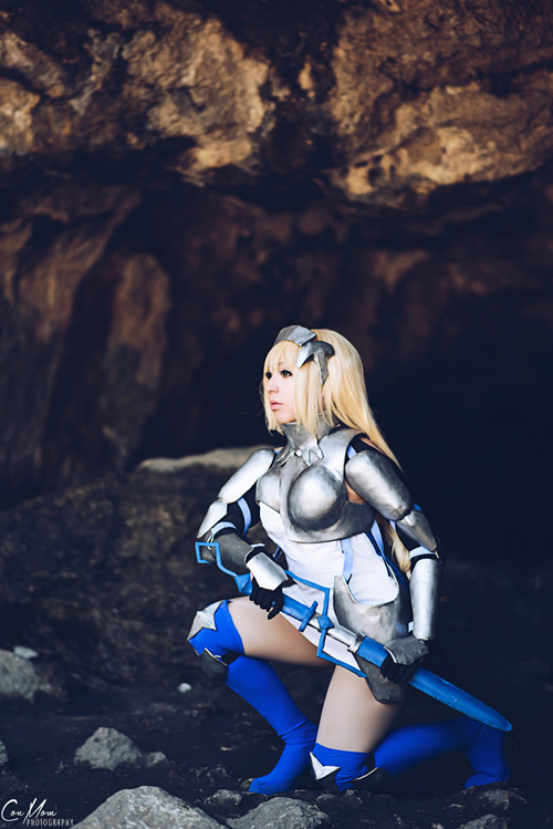 Aiz Wallenstein Cosplay