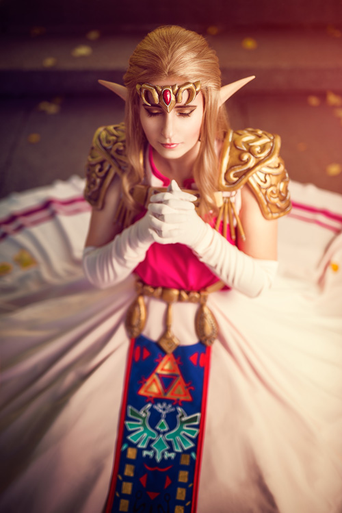 Princess Zelda Cosplay