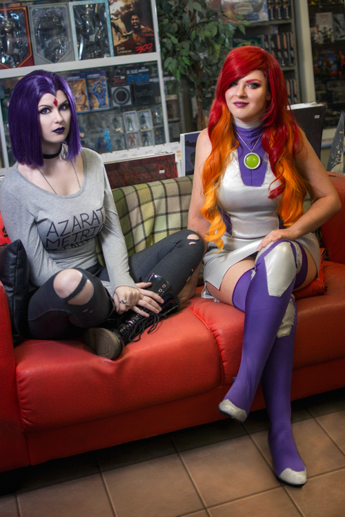 Casual Raven and Starfire Cosplay