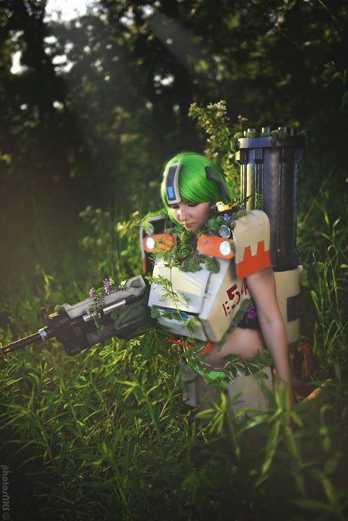 Swimsuit Bastion from Overwatch Cosplay