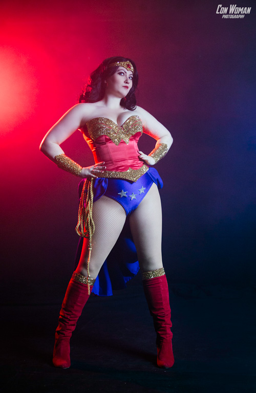 Burlesque Wonder Woman Cosplay