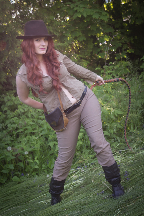 Fem Indiana Jones Cosplay