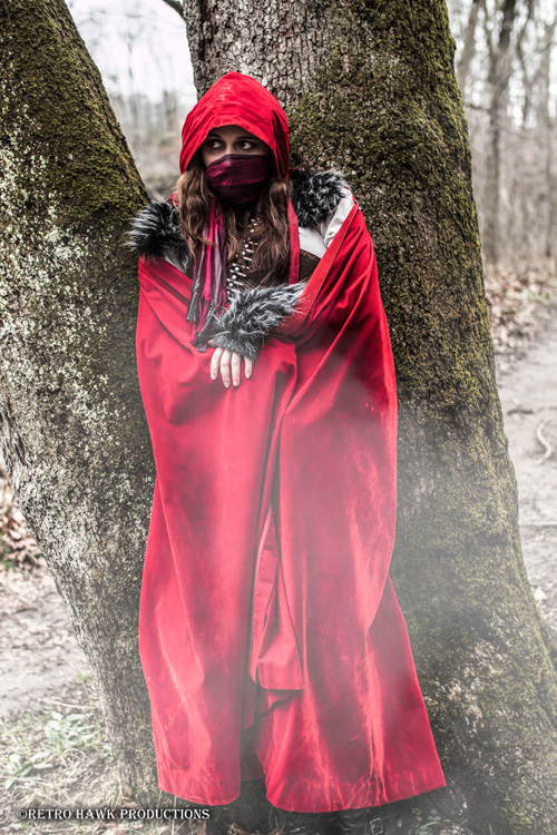 Post-Apocalyptic Red Riding Hood Cosplay