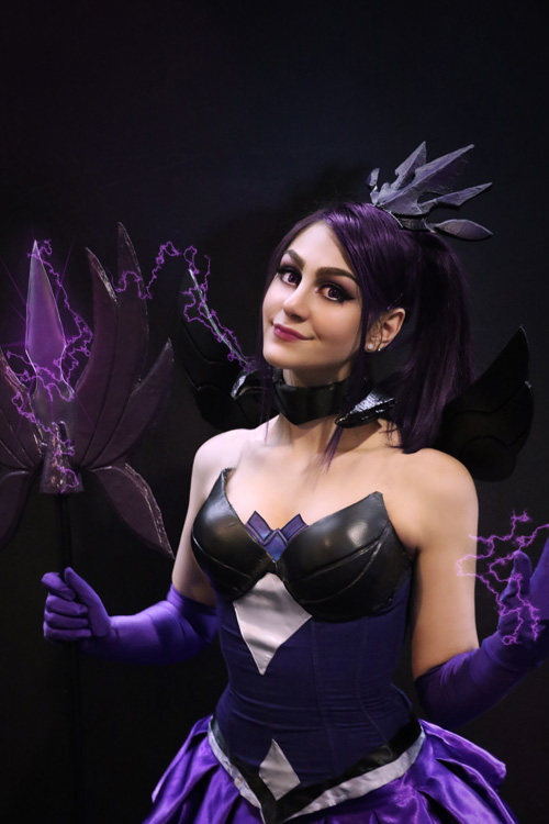Lux from League of Legends Cosplay