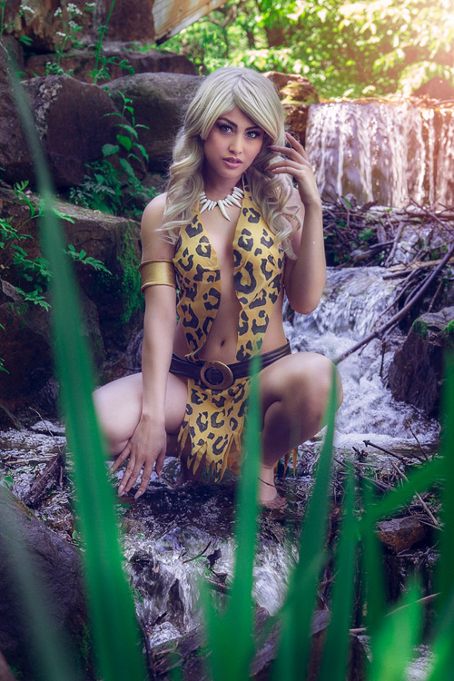 Sheena, queen of the jungle