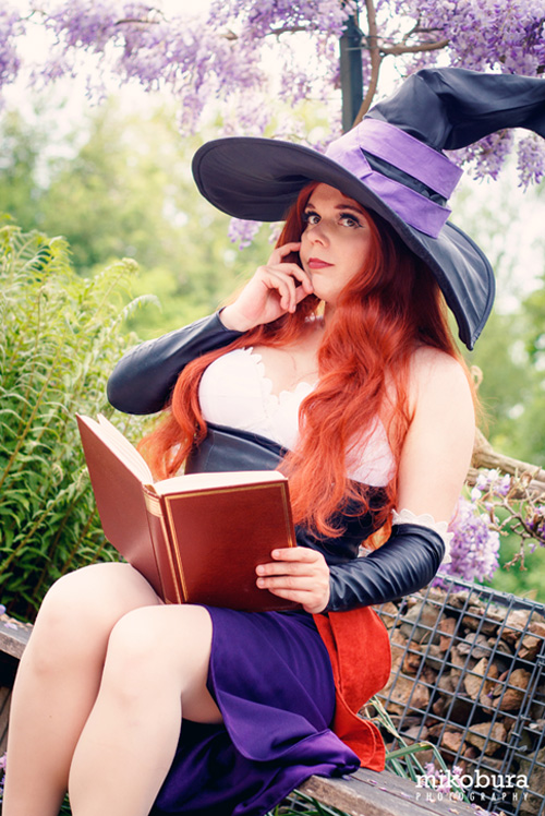 Sorceress from Dragons Crown Cosplay