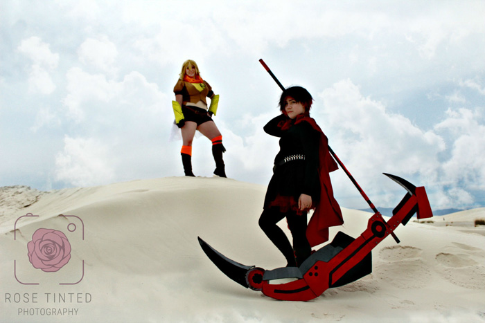 Ruby and Yang from RWBY Cosplay