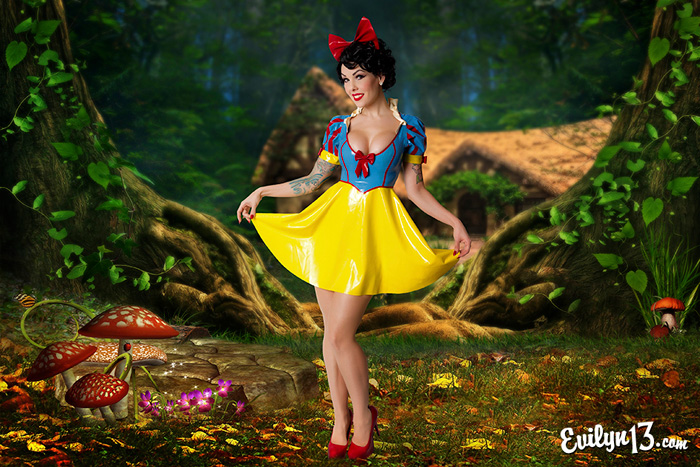 Snow White Latex Pinup Cosplay