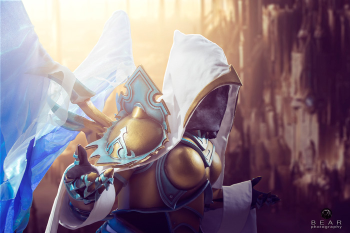 Auriel from Diablo3/Heroes of the Storm Cosplay