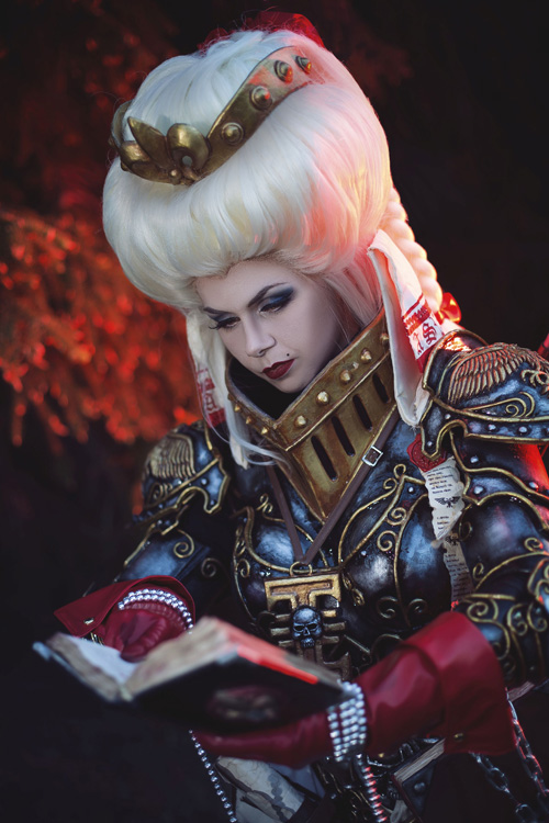 Inquisitor Ordo Hereticus from Warhammer 40k Cosplay