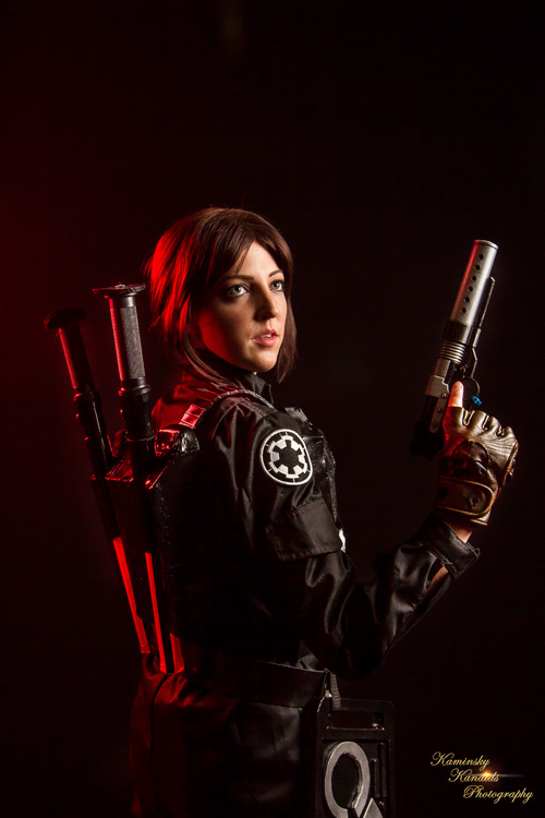 Jyn Erso from Rogue One Cosplay