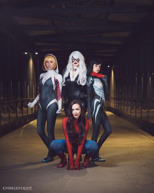 Spidey-Ladies Group Cosplay