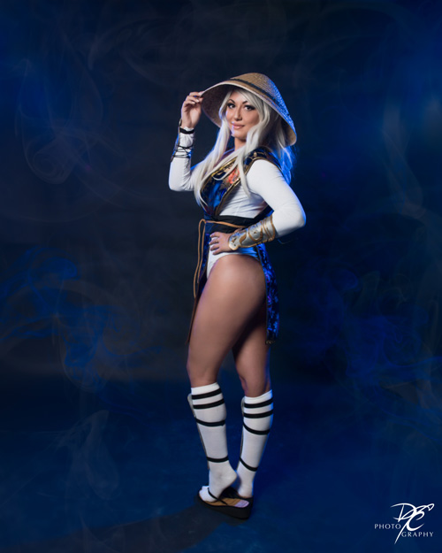 Lady Raiden from Mortal Kombat Cosplay