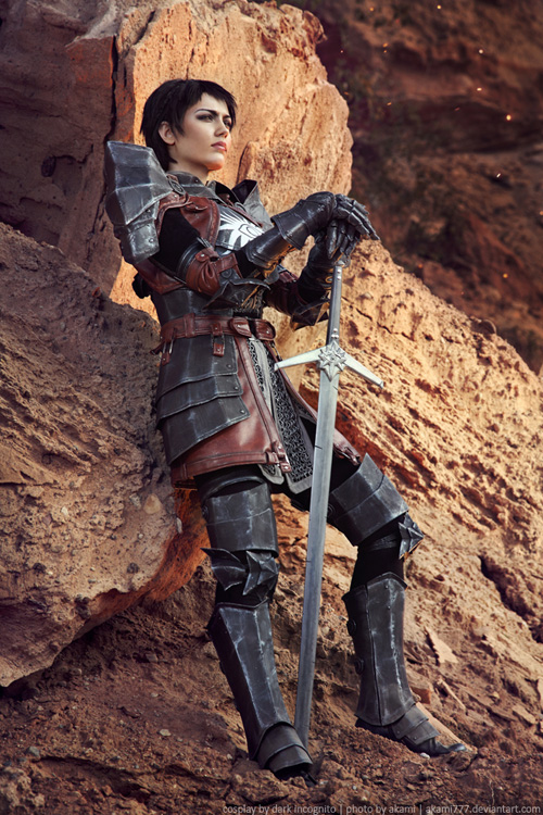 Cassandra from Dragon Age Cosplay